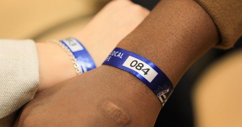 pulseras menores discapacidad