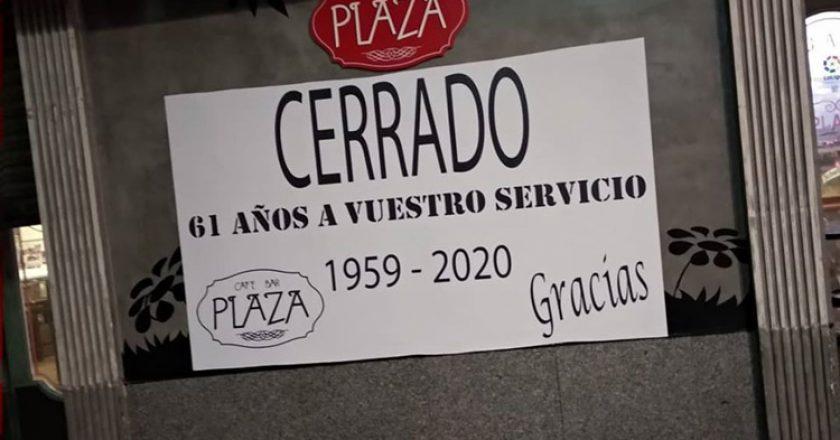 bar-plaza-cierra